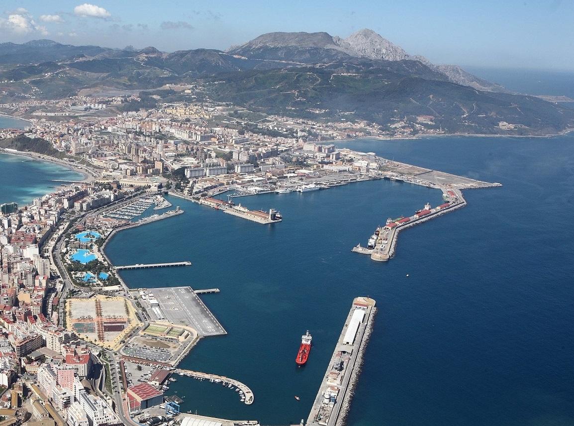 foto aerrea del puerto de ceuta
