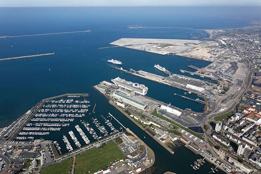 photo aérienne du port de Cherbourg ©Alexis Morin