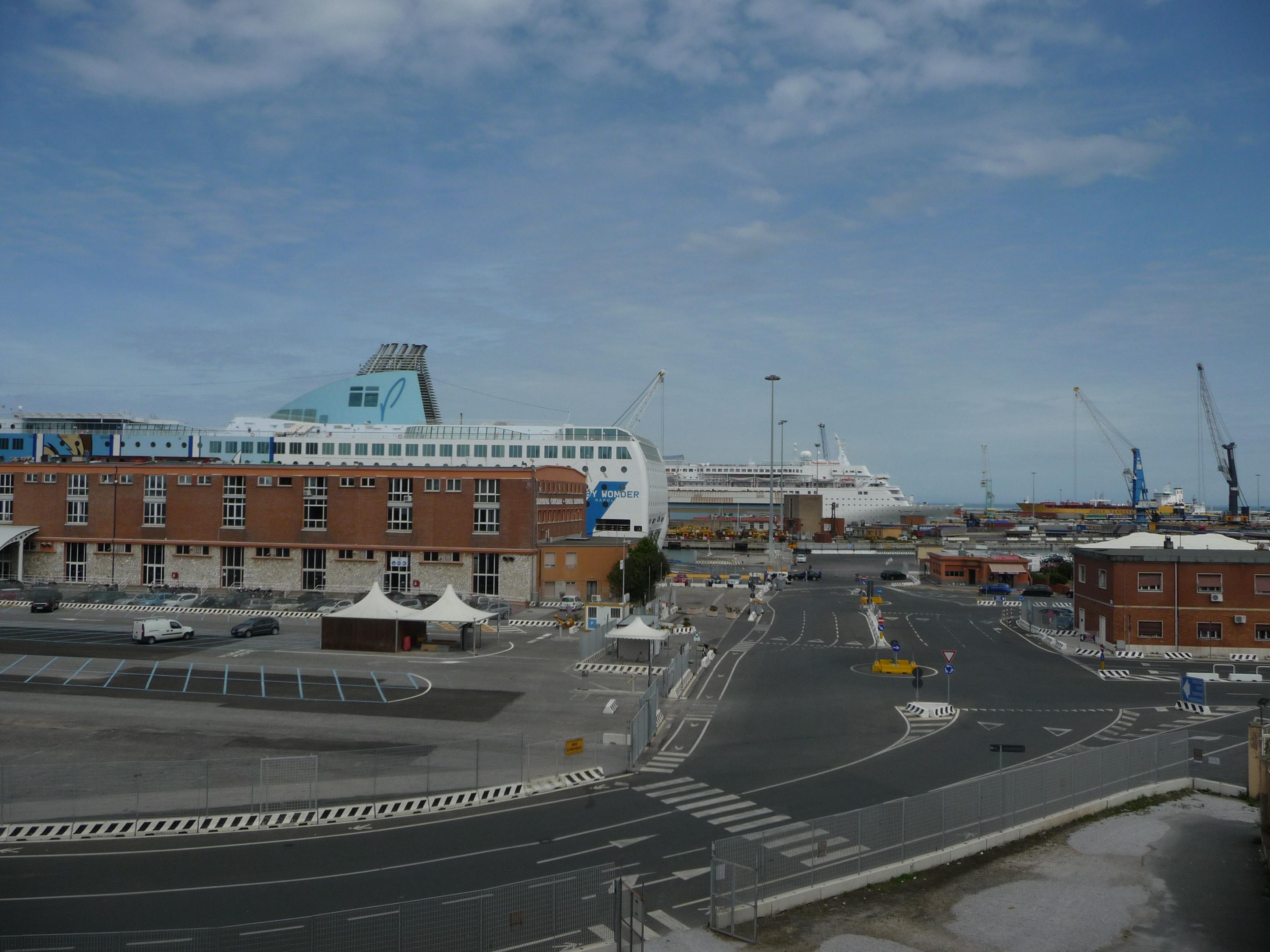 Terminal de croisière à Tanger Ville