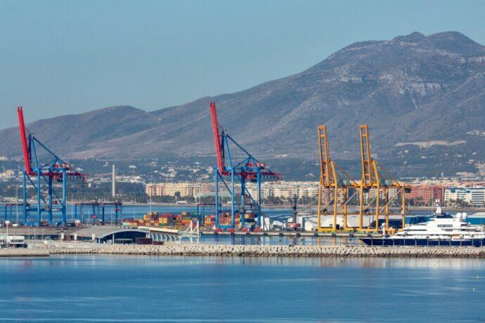 Vue du port de Malaga en juin 2020