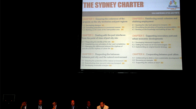 Tribune d'adoption de la Charte de Sydney
