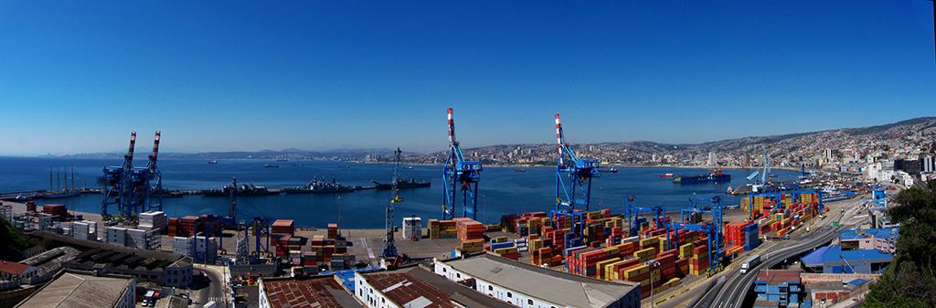 Panoramic View Valparaiso - Javier Rubilar